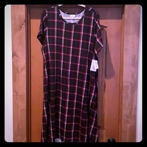 LulaRoe Carly, black and red plaid, size 3X, nwt